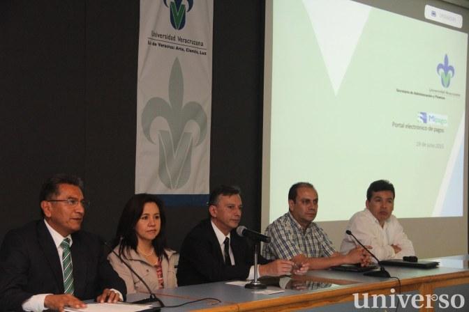 En la presentación se contó con la participación de representantes de la banca comercial que apoyan el sistema